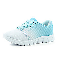 Girls blue fade out runner
