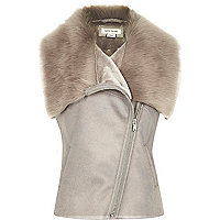 Girl grey faux fur gilet