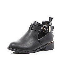 Girls black cut out boot
