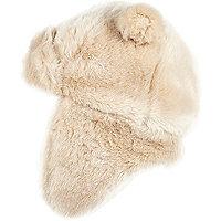 Girls cream faux fur traper hat