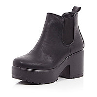 Girls black chunky boots