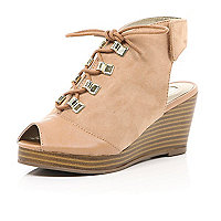 Girls light brown lace up wedge shoes