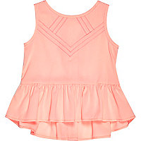 Mini girls pink sleeveless peplum hem top