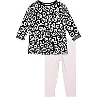 Mini girls black leopard top and legging set