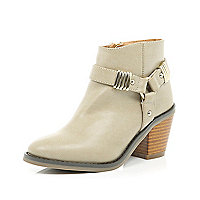 Girls light beige harness heel boot