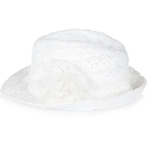 Mini girls crochet flower trilby