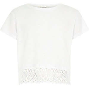 Girls white lace crochet hem short sleeve top