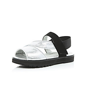 Girls black sporty sliders