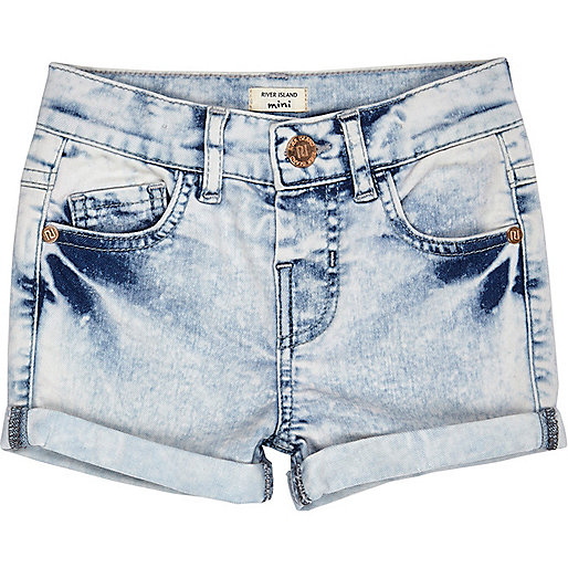 Short en jean délavé à l'acide Mini fille