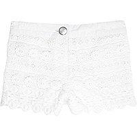 Mini girls cream crochet shorts