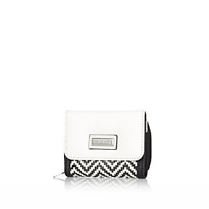 Girls white and black trifold purse