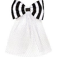Girls black striped net hair clip