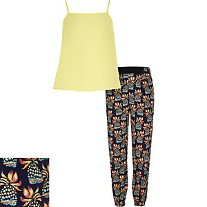 Girls yellow pineapple print outfit