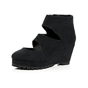 Girls black cut out wedge boots