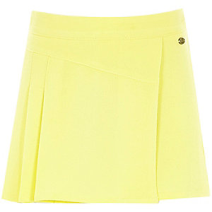 Girls yellow skort kilt