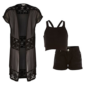 Girls black kimono crop top shorts outfit