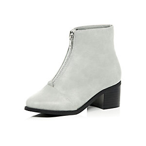 Girls grey zip front block heel boots