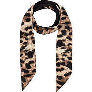 Girls leopard print scarf