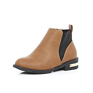 Girls light brown Chelsea boots