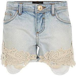 Girls light denim crochet trim shorts