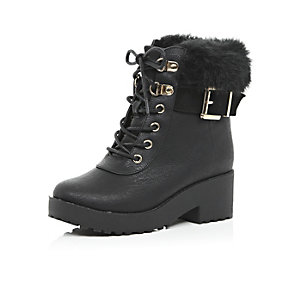 Girls black faux-fur trim ankle boots