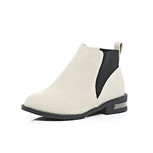 Girls grey Chelsea boots