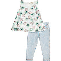 Girls green pineapple top and leggings outfit