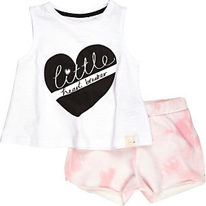 Mini girls pink love vest and shorts outfit