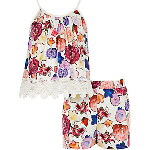 Girls white floral co-ord top shorts outfit