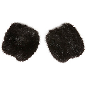 Girls black faux fur handwarmers