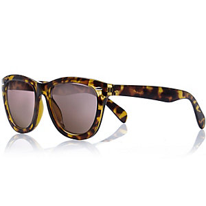 Girls brown tortoise shell retro sunglasses