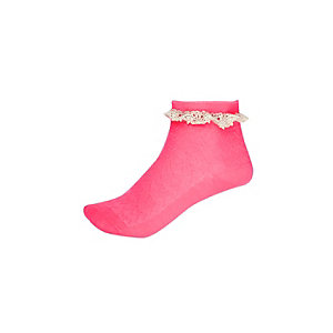 Girls pink frilly ankle socks