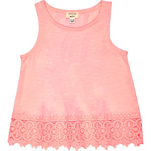 Mini girls pink crochet hem tank