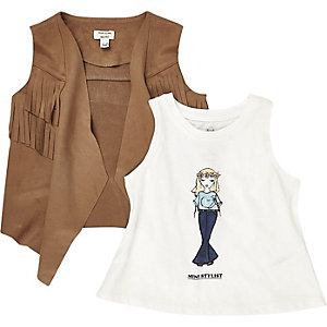 Mini girls faux-suede gilet t-shirt outfit