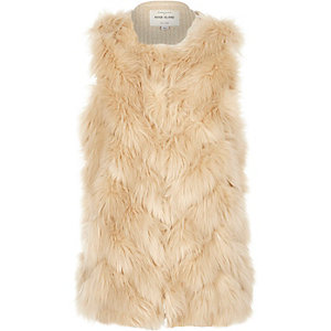 Girls cream faux-fur gilet