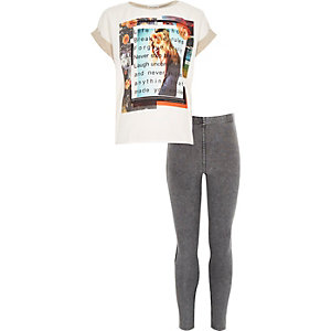 Girls cream t-shirt and leggings outfit