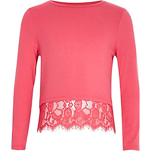 Girls pink lace hem t-shirt