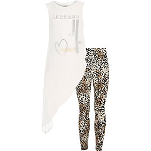 Girls white asymmetric tank leggings outfit