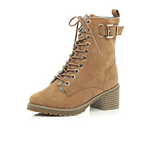 Girls brown lace-up block heel ankle boots