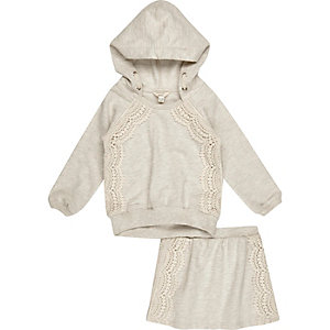 Mini girls cream hoodie and skirt outfit