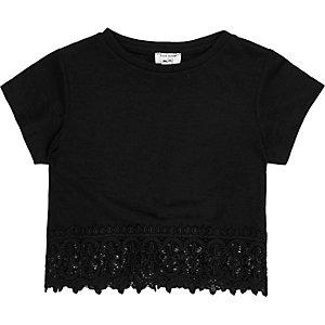 Mini girls black croched hem t-shirt
