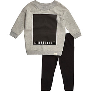 Mini girls grey sweatshirt leggings outfit
