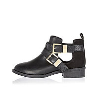 Girls black panel cut-out side ankle boots