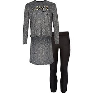 Girls dark grey top and leggings outfit