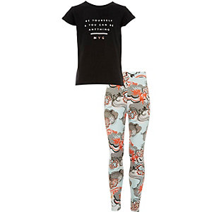 Girls black t-shirt and print leggings outfit