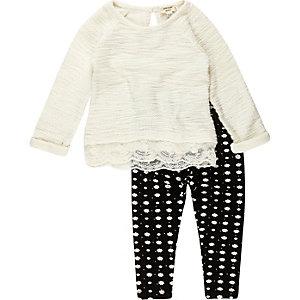 Mini girls cream jumper leggings outfit