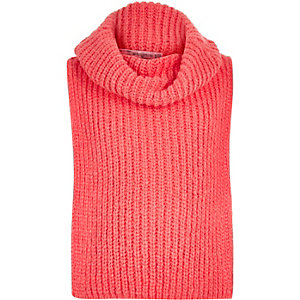 Girls coral knitted roll neck bib