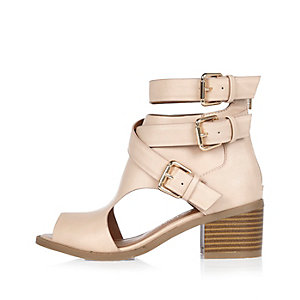 Girls pink triple buckle shoes