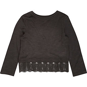 Mini girls black crochet hem top