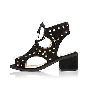 Black black ghillie studded shoes